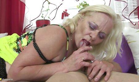 femme russe mature boit xnxx africain du vin avec deux hommes puis baise