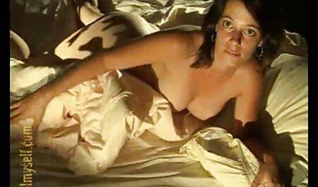 Yanks Ebony pornography africain Natalia Johnson répare son vibromasseur