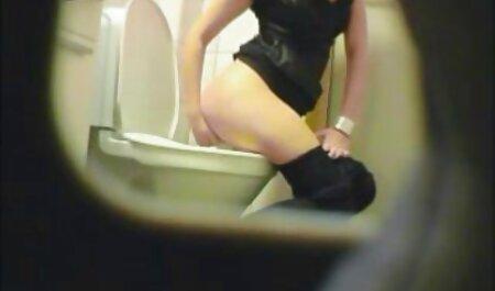 Candi Kayne se fait défoncer la gorge et se prend une bouche pleine de sperme film porno africain en français