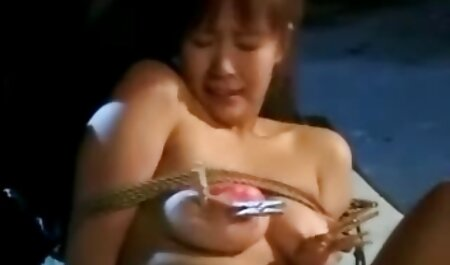 POVD Massage filme porno africain punition grosse bite pour la brune Kristen Scott