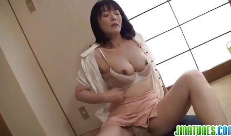 Hot Sexy Babe devient nue et sauvage sur Cam film porno xxx africain