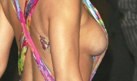 Claire Robbins éjacule poronoafricain anale