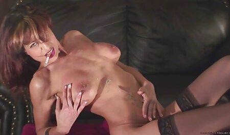 Erica xxporno africain sur Skype