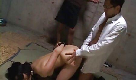 MILFs xxx film porno africain matures sexy baisent de jolies jeunes filles