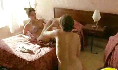 Natalia pornographique africaine Forrest serré et humide