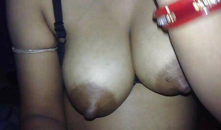 Mandi Titty un film porno africaine baise Johny avec ses gros melons